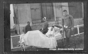 Patients at Australian Voluntary Hospital, c1914-1915. Image courtesy Greaves family archive.  Click on image to enlarge.
